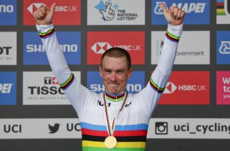 Rohan Dennis after winning the men's individual time trial at the world road cycling championships in Harrogate on Wednesday.