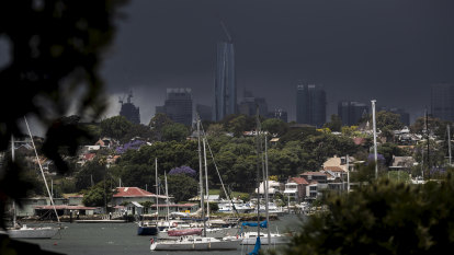 'Good drying weather': Clear skies forecast for Sydney after wild weekend