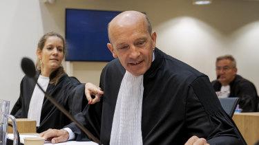 Sabine ten Doesschate, left, and Boudewijn van Eijck, the lawyers for Oleg Pulatov.