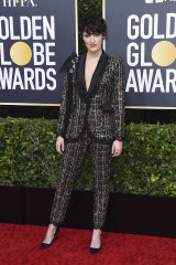 Fleabag creator Phoebe Waller-Bridge auctioned her Ralph & Russo suit from the Golden Globes for bushfire relief.