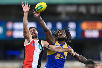 Paddy Ryder and Nic Naitanui do battle in the ruck.