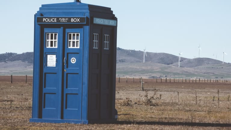 why is there a tardis on lake george