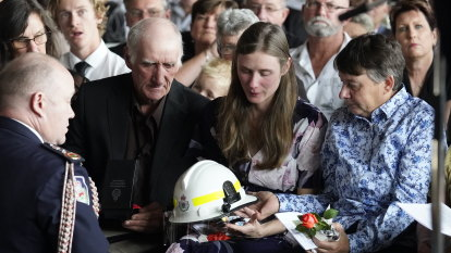 'Our hearts are breaking': Volunteer firefighter farewelled