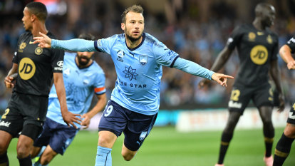 SCG, Optus Stadium loom as likely A-League grand final venues