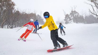 'Shockingly cruel': COVID-19 has created a 'very different' ski season at Australia's snow resorts