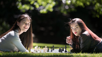 Chess gets glamorous in 'The Queens Gambit', and women take to the boards