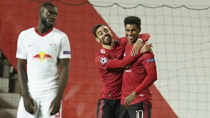 Manchester United put five past Leipzig, Barca too good for Juventus
