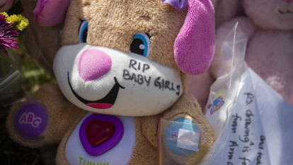 Mother of girls who died in hot car to stay behind bars for Christmas