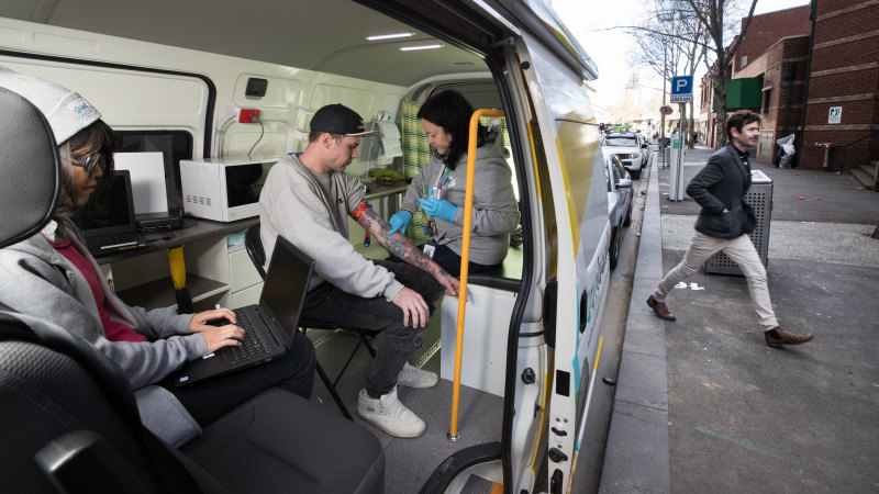 The street doctor service treating Melbourne's homeless