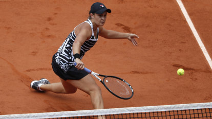 Molik tips French Open winner Barty to bring wow factor in Fed Cup