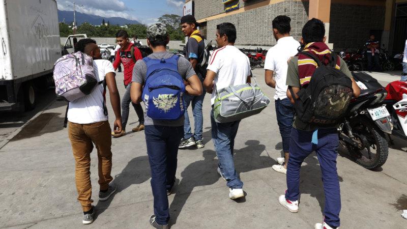 919a7678b157 Caravan departs Honduras as Mexico prepares to close migrant shelter