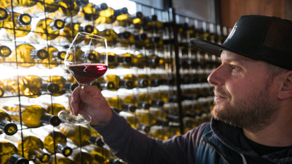 Aussie winemakers aim to triple exports to $10b pushing into new markets