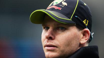 'I felt I should apologise': Smith fronts teammates over code breach