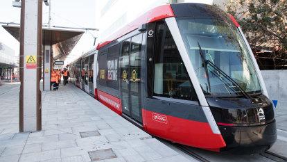 Missing link in Sydney's light rail back on track