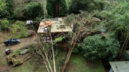 Victoria requests more ADF support for storm clean-up