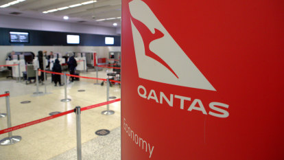 Qantas alliance with Japan Airlines rejected by competition watchdog