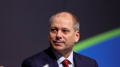 The King's Gambit: Westpac CEO makes risky move to outplay rivals