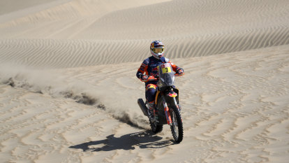 Australia's Price up to sixth in Dakar Rally