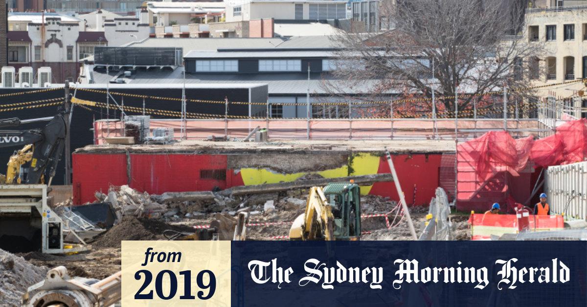 'Such a shame': Aboriginal flag mural at Redfern's Block torn down