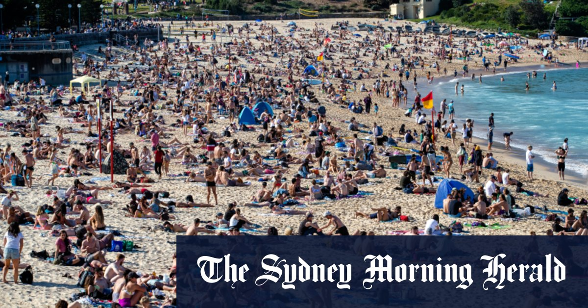 Sydney beaches packed as forecasts for NSW set to top 30 degrees – Sydney Morning Herald
