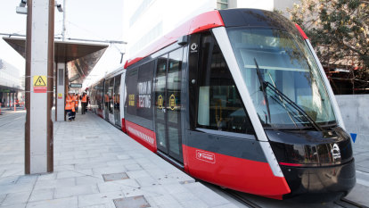 Trams to start running as far as Central Station along new line