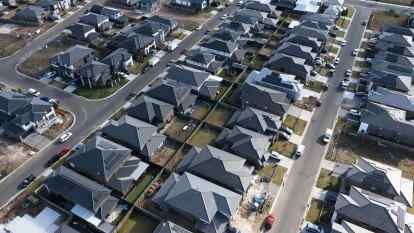 Homebuyers to need $200,000 a year in many suburbs if debt limits come in