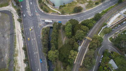 WestConnex first proposes to replace a park with a bike path, then a freeway