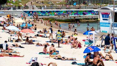 Volunteer surf lifesavers will be on patrol from Saturday.