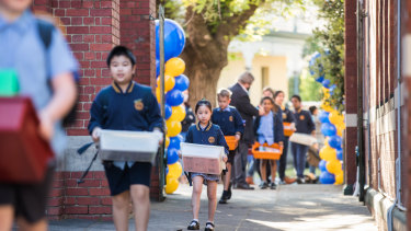 Students at St Brendan's Primary School in Flemington returning to school in October after the COVID-19 shutdown.
