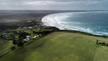 An eco-resort is being proposed for Cape Bridgewater. The final decision has been referred to the planning minister.