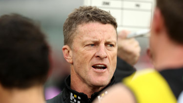 Tigers coach Damien Hardwick thinks the Tigers can regroup and have a serious tilt at the flag.