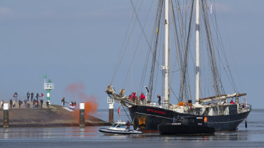 Quite a voyage: the schooner arrives in the Netherlands.