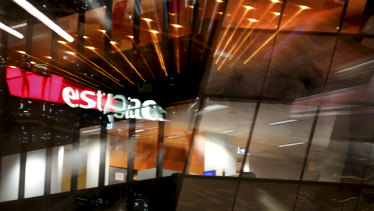 Westpac said the number of mortgages that had been deferred by customers had fallen from a peak of 135,000 to 78,000. The lender said it expected about half of its customers with deferred loans to return to making payments.