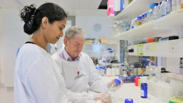 Dr Shiwanthi Ranasinghe and Professor Don McManus have stumbled across a potential cancer treatment while trying to develop a tapeworm vaccine.