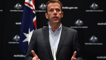 Education Minister Dan Tehan has extended the deadline for independent schools.