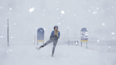Perisher had 20 centimetres of snow overnight as the first blizzard of the season rolled into the resort.