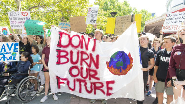 Canberra school students strike from school to protest Adani's coal mine and government inaction on climate chang
