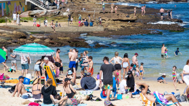 Temperatures will reach 30 degrees in Sydney's west today - but it will be short-lived, with a cold front due to hit on Friday.