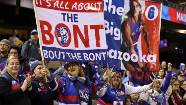 Bulldogs fans love the Bont
