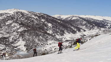 Skiing and snowboarding in the Australian alpine backcountry, the Snowy Mountains main range.