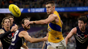 Elliot Yeo of the Eagles in action against the Dockers in the Western Derby.