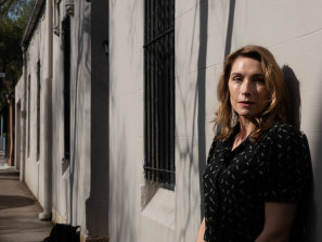 Actor Claudia Karvan was nervous about signing up for The Secret Life of Us, but then adored it.
