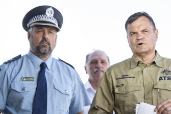 Monaro Police district commander Paul Condon, left, and ATSB chief commissioner Greg Hood address the media on Friday.