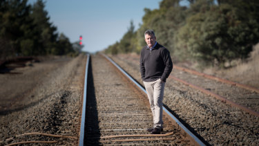 Damian Ross from Mars Wrigley says he may have to relocate staff to Melbourne from Ballarat if rail services aren't improved.