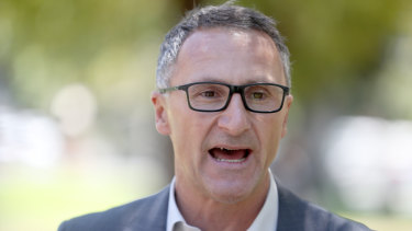 Greens leader Richard Di Natale has apologised to former prime minister Kevin Rudd.