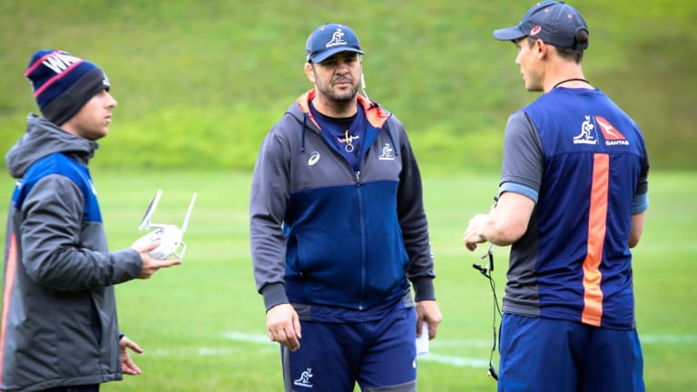 Yeah, nah: Cheika is not interested in a job-swap for his assistant coaches.