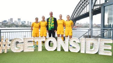 FFA chief David Gallop and Matildas launch Australia's 2023 Women's World Cup bid.