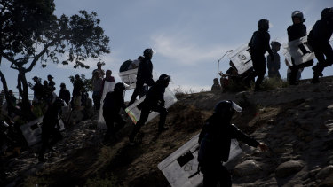The mayor of Tijuana has declared a humanitarian crisis in his border city and says that he has asked the United Nations for aid to deal with the approximately 5000 Central American migrants who have arrived in the city.