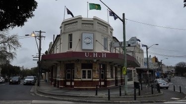 The Unity Hall Hotel in Balmain will be closed for a week after breaching coronavirus restrictions.