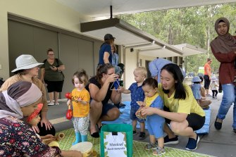 Many parents at the Bush Kindy and Creek Neighbours' courses also experience the Australian bush for the first time.